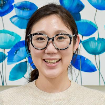 Dr Christina Lee, Dentist