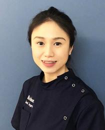 Dr Valerie Cheong Dentist