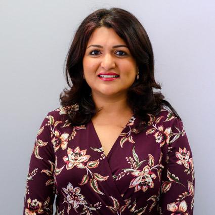 Dr Neha Singh, Dentist