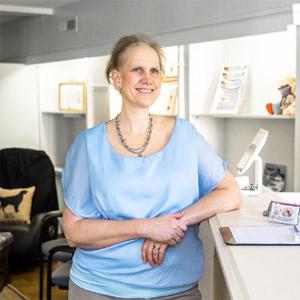 {PJ} Chiropractor Dr. Antoinette Biegaj