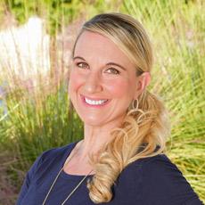 Photo of Dr. Jennifer Angell, D.C.