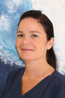 Nicola Barnbrock, Dentist