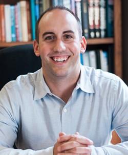 Chiropractor, Bloomington, Dr. Eric Schmitt