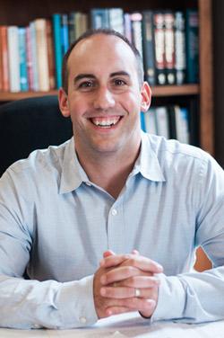 Chiropractor Bloomington, Dr. Eric Schmitt
