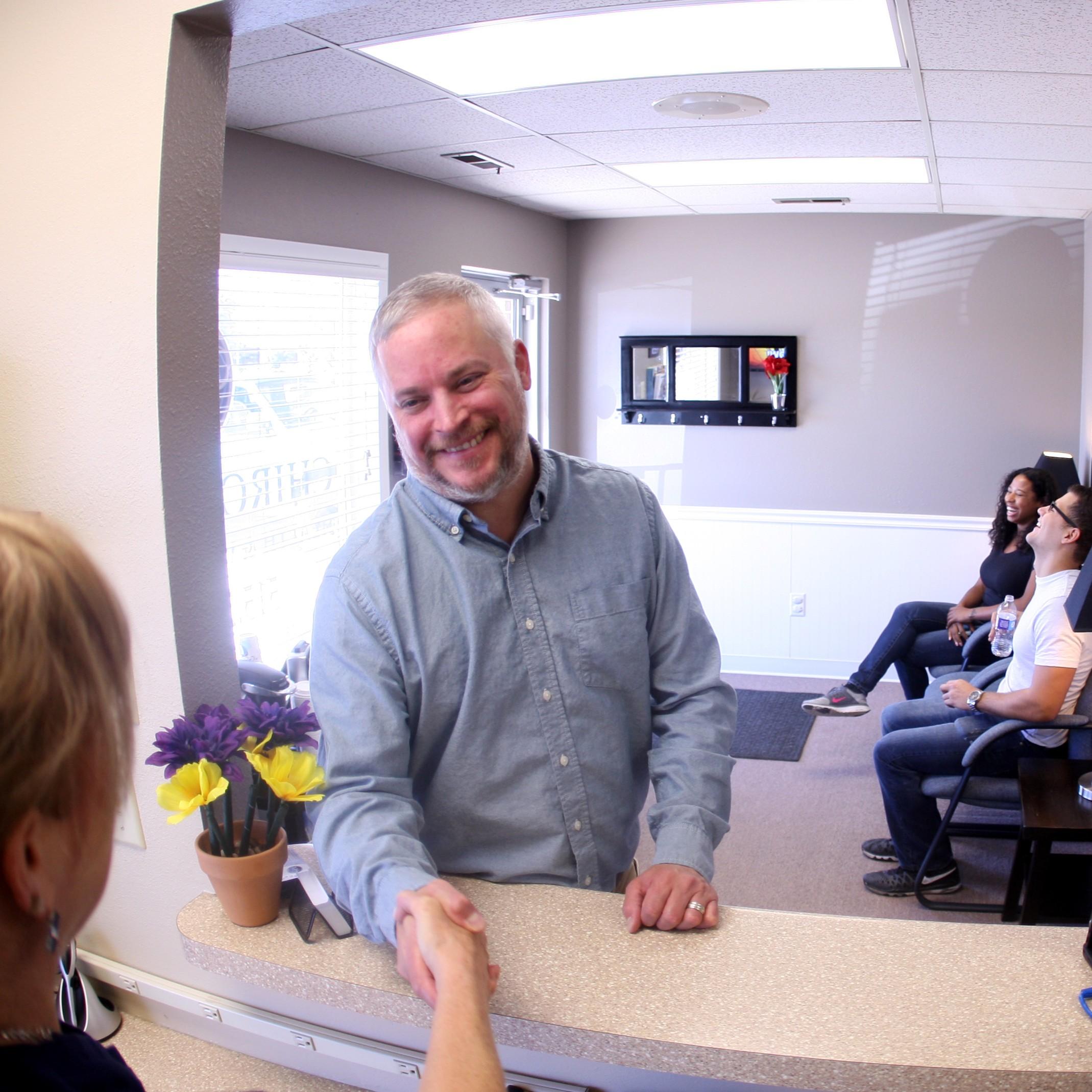 Chiropractic Health & Wellness Clinic watiing room