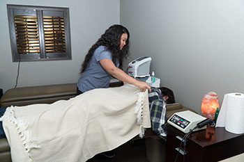 About Trinity Mills Chiropractic in North Dallas