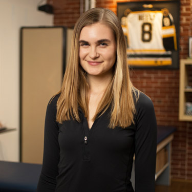 Spine & Sports Injury Center Administrative Assistant, Dakotah Schickling