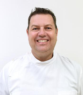 Dr Peter Fuller