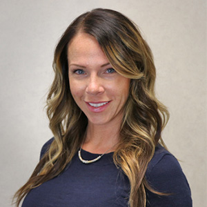 Teri, Chiropractic Clinical Health-Care-Assistant