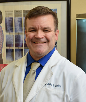 Dr. John Smith, Chiropractor Cincinnati