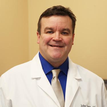 Chiropractor Cincinnati, Dr. John Smith