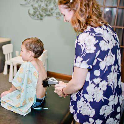 Mid back adjustment on child