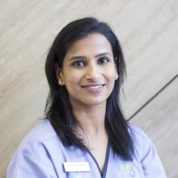 Dentist Munno Para West Dr Ishita GUpta