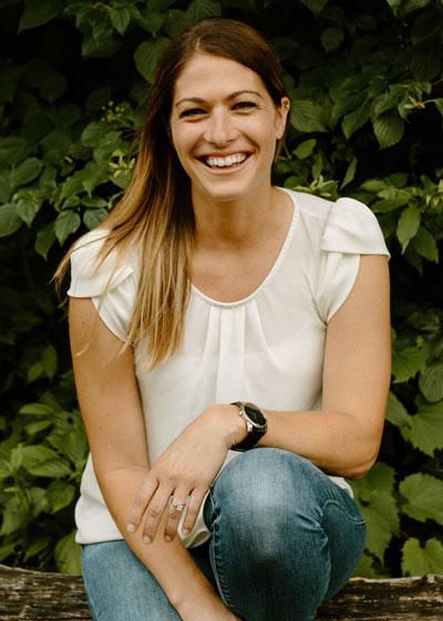 Dr. Rachel Hovey, Chiropractor