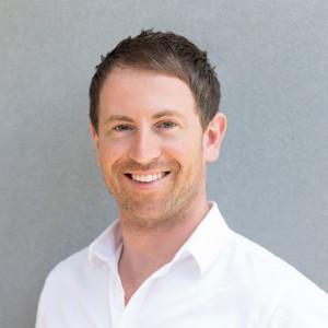 Dr Christopher Vandeloo Chiropractor