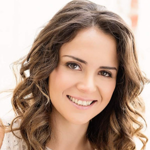 Dr Rosie Sadegh