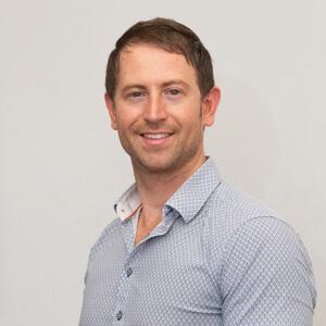 Dr Chris Vanderloo, Chiropractor