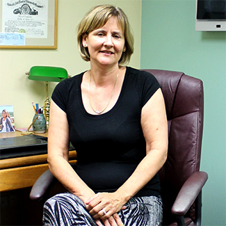Chiropractor Englewood, Dr. Kathy Koop