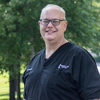 Chiropractor Auburn, Dr. Hurst Peacock