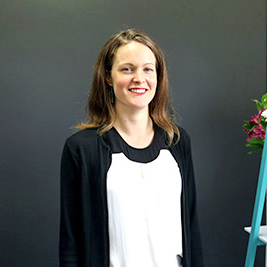 Dr Mari Volker
