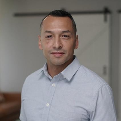 Chiropractor Arlington, Dr. Eric Alvarado