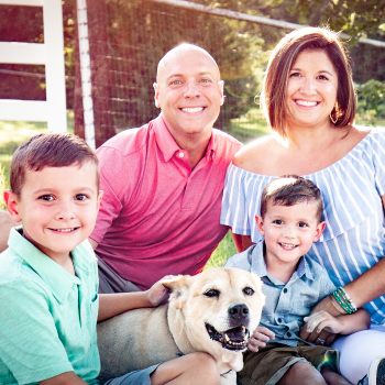 dr-aaron-wines-and-family-2019