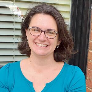 Chiropractor Kennesaw, Dr. Amy Reich