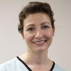 Dr Denisa Selagea, Dentist
