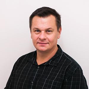 Dr Colin Fraser