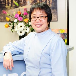 Dr Hui Li, Dentist