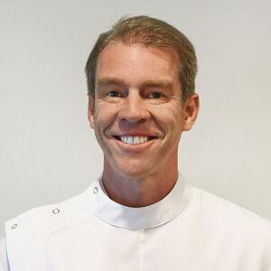 Dr Tony Mendoza, Dentist