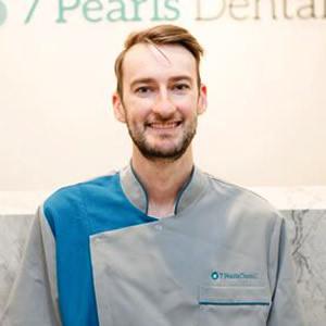 Dr Eric Cullen