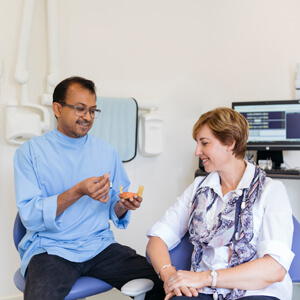 Dr Sav explaining procedure to patient