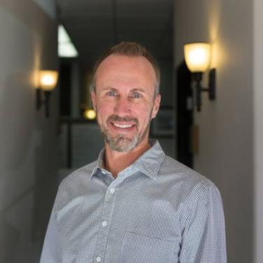 Chiropractor Rancho Bernardo, Dr. Cameron Sutter