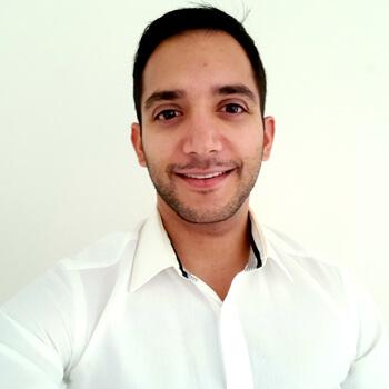 Dr Vishnu Selvaraj (Dentist)