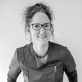 Amanda Cresswell, Prosthetist
