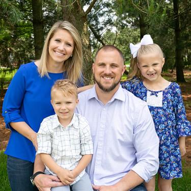 Chiropractor Wapakoneta, Dr. Nagel and family