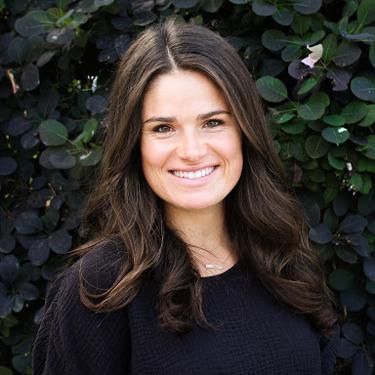 Dr. Hannah Korten