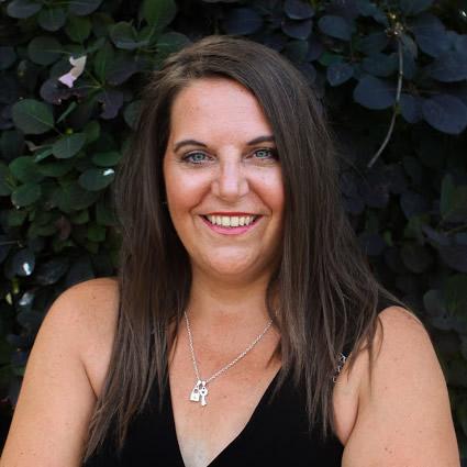 Kelowna Family Chiropractic Laser Tech, Lisa Falkingham