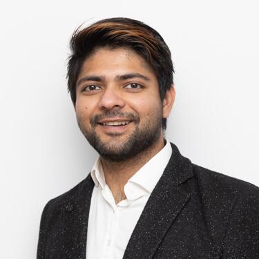 Dr Eshan Verma, Dentist