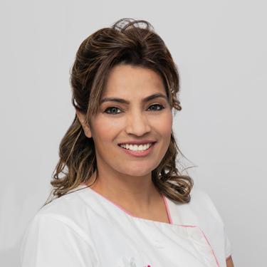Dr Rachna Yadav, Dentist