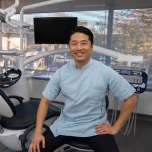 Dr Yo Han Choi, Dentist