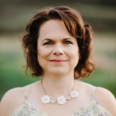 Chiropractor Medicine Hat, Dr. Karen Raiwet