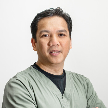 Arthur Mercado, Physiotherapist