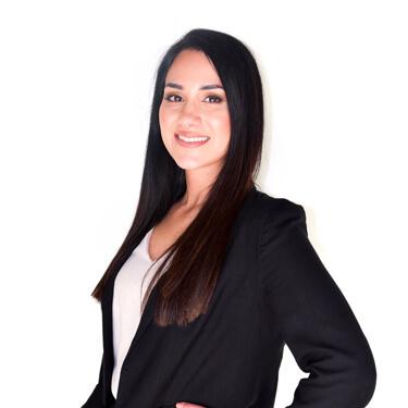 Dr Natalie Pakzamir, Chiropractor