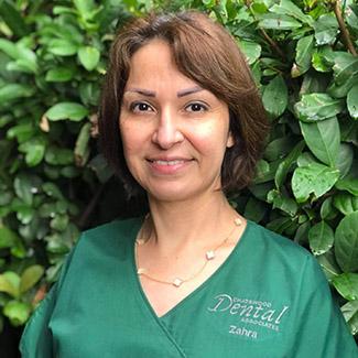 Zahra Farahani, Dental Assistant