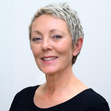 Dr Julie Middleton, Chiropractor