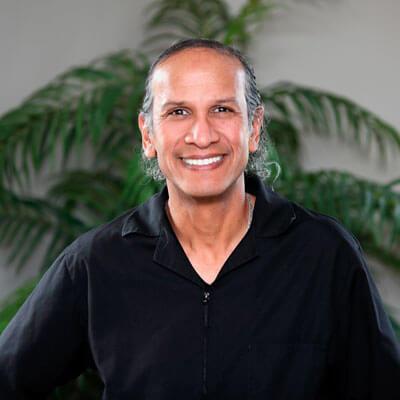 Dentist Uxbridge, Dr. Andrew Gregorio