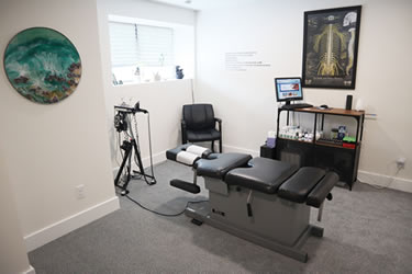 Baku Chiropractic & Functional Medicine Adjusting room