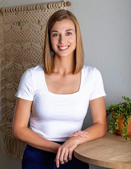 Acupuncturist Mesa, Cassandra Runge